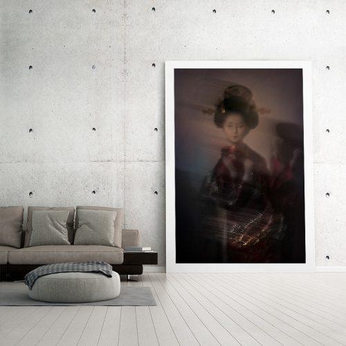 Maiko-minarai-smoke-geiko-dance-Horno-Virtual-Gallery-Productos-Alimentacion-visual-galeria-arte-fotografia-artistica-decorativa-art-geishaa-215X150