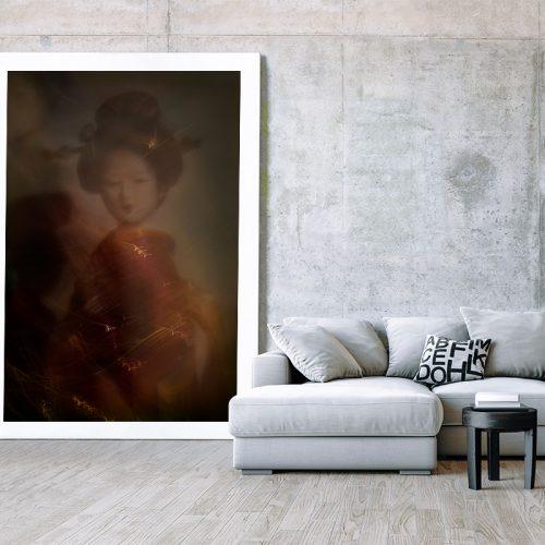Maiko-minarai-smoke-geiko-portrait-1-Horno-Virtual-Gallery-Productos-Alimentacion-visual-galeria-arte-fotografia-artistica-decorativa-art-geisha-215X150