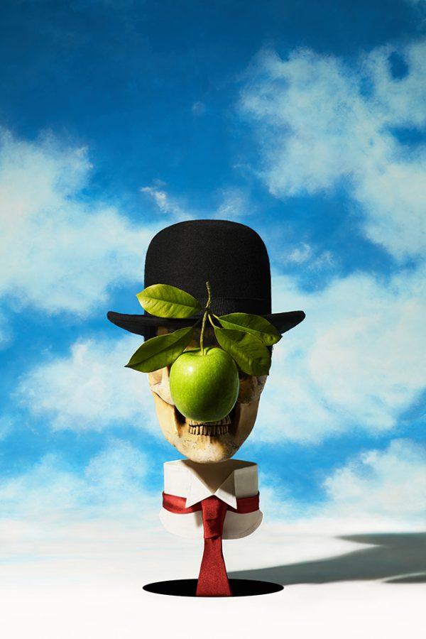 Sintora-Memento-mori-Le-Fils-de-l'Homme-magritte-Horno-Virtual-Gallery-galeria-arte-fotografia-artistica-decorativa-decoracion-calavera-skull-art