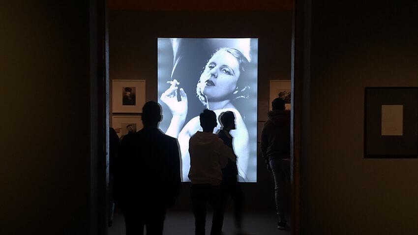 Tamara-de-Lempicka-madrid-Palacio-Gaviria-exposicion-Horno-Art-Virtual-Gallery-galeria-online-fotografia-ilustracion-pintura-decoracion-edicion-limitada-retrato-850x478