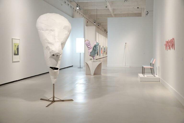 8Y8A9297-Exposicion-Franz-West-Museo-Cac-Malaga-Horno-galeria-arte-online-1000x667