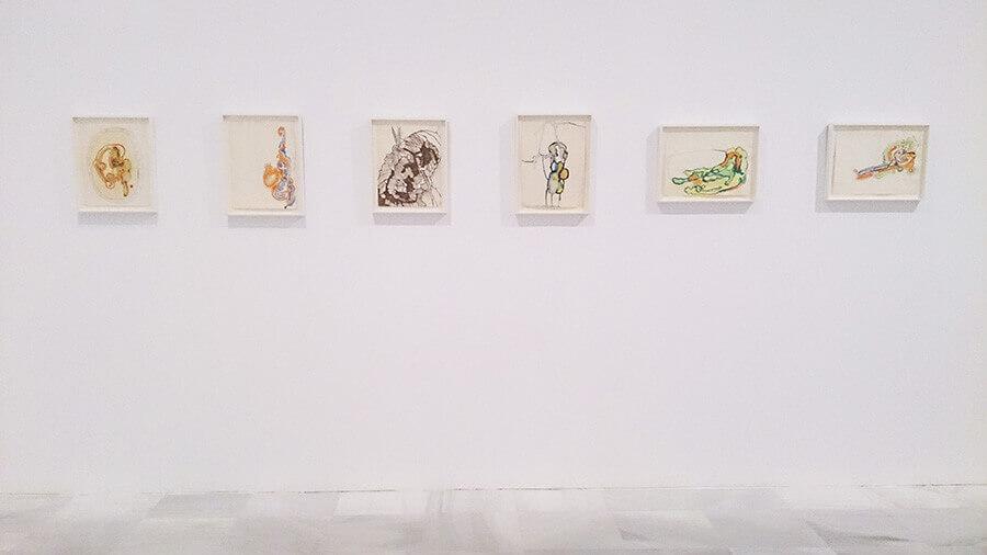 Ida-Applegroog-marginalias-Museo-reina-sofia-Exposicion-Madrid-2021-Horno-Art-Virtual-Gallery-galeria-arte-online-decoracion-interiorismo-dibujos-panoramica-900x506